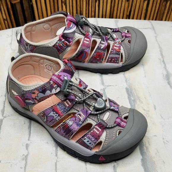f7bf59dfc Keen Newport Jennifer Mercede girl s Sandals
